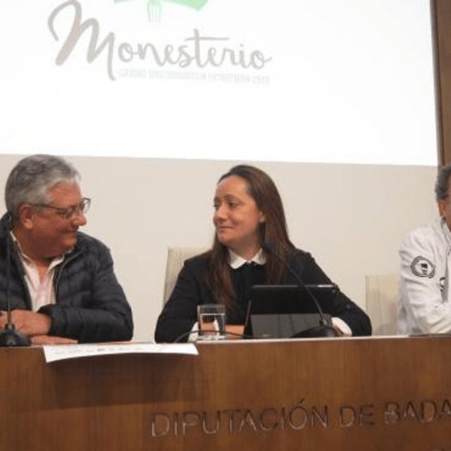 https://www.lacervezademipueblo.com/wp-content/uploads/2020/06/Cerveza-de-Monesterio-en-20-Minutos-640x640.png